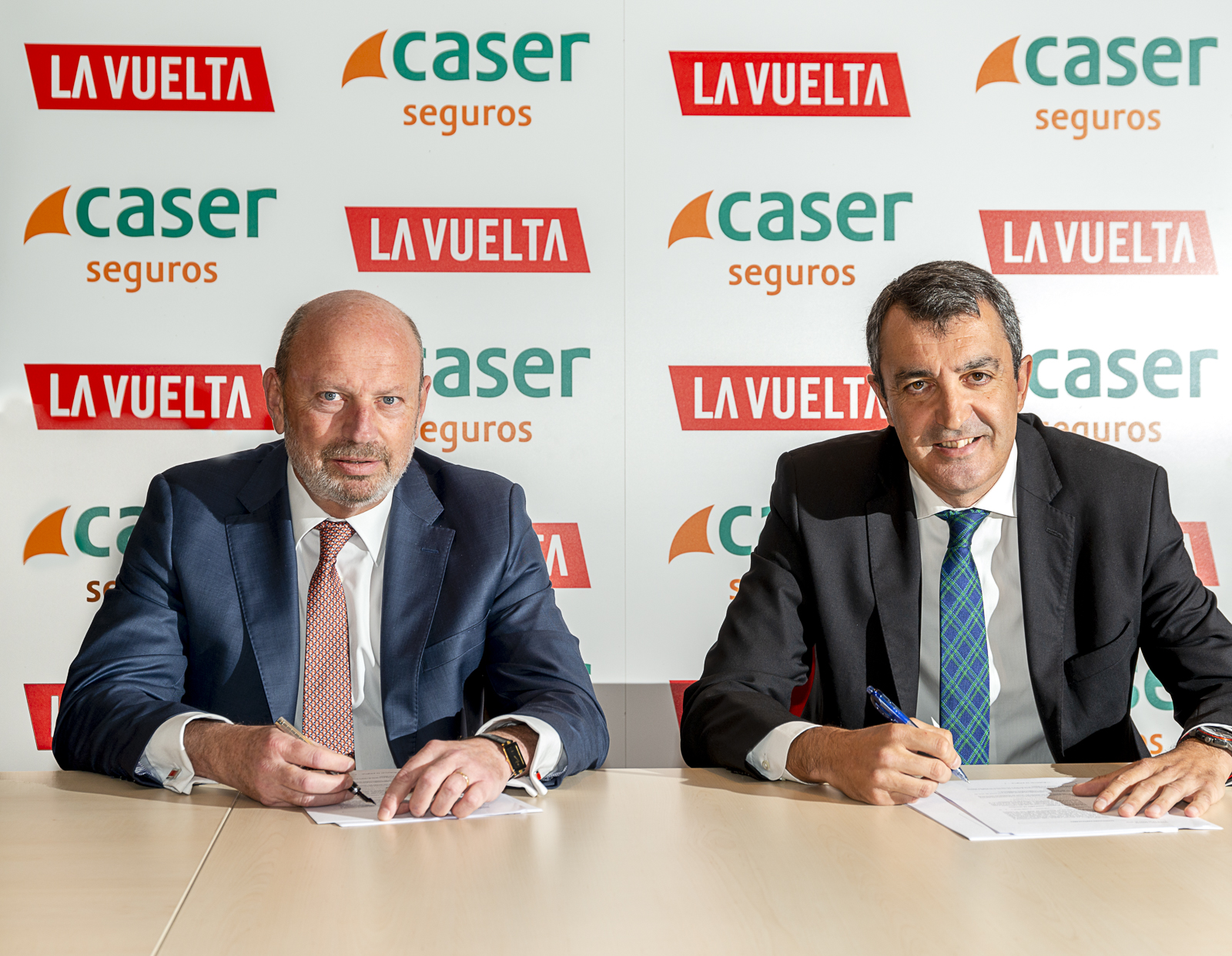 Caser patrocinador de La Vuelta